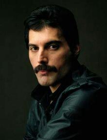 wpid-Freddie_Mercury.jpg